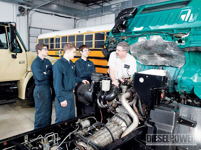 Can A Diesel Mechanic Work On Cars